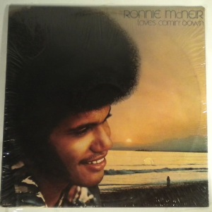 RONNIE MCNEIR - Love's coming down - LP