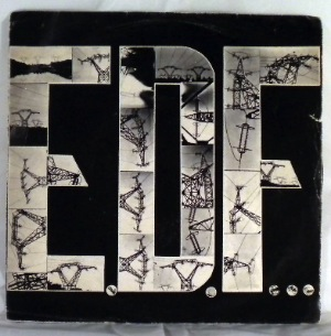 ELECTRONIC DISTORTIONS OF FRANCE - EDF - 45T (SP 2 titres)