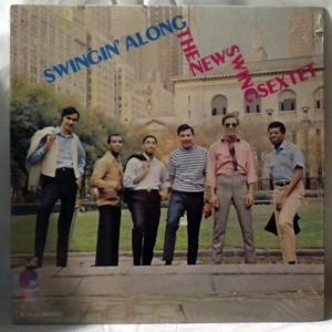 THE NEW SWING SEXTET - Swingin' Along - LP