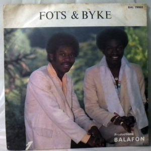 FOTS & BYKE - Nkul Messing/De Go - 45T (SP 2 titres)