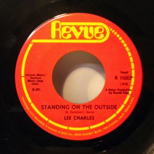 LEE CHARLES - Standing on the outside / If that ain't loving you - 45T (SP 2 titres)