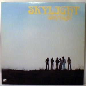 SKYLIGHT - Skyhigh - 33T