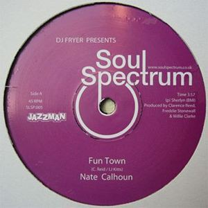 NATE CALHOUM - UNIVERSAL LOVE - Fun town- it's you girl - Maxi 45T